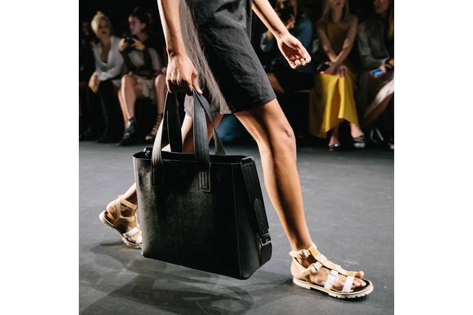 2016-NYFW-Intel-Tome-Bag-2