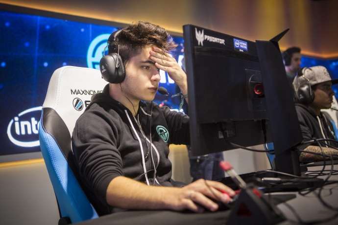 Intel-Extreme-Masters-Oakland-6
