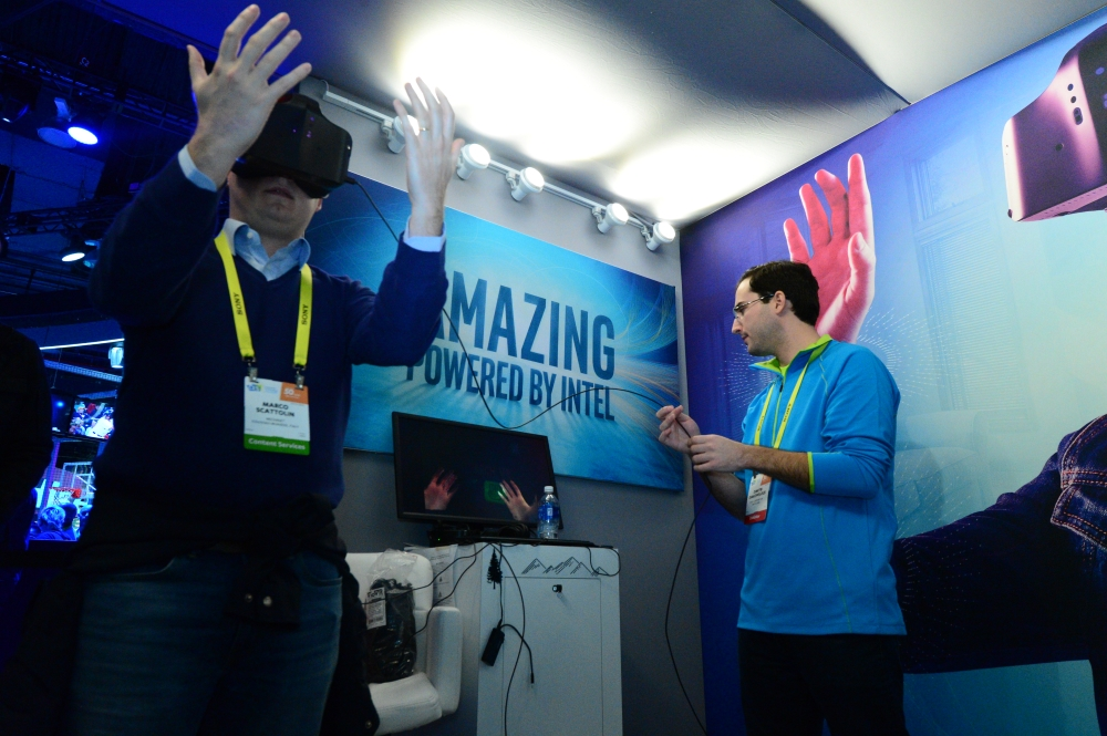 intel-booth-ces2017-16s