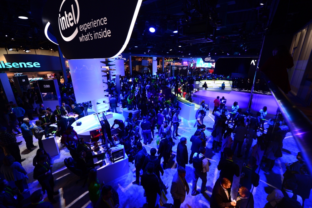 intel-booth-ces2017-5s