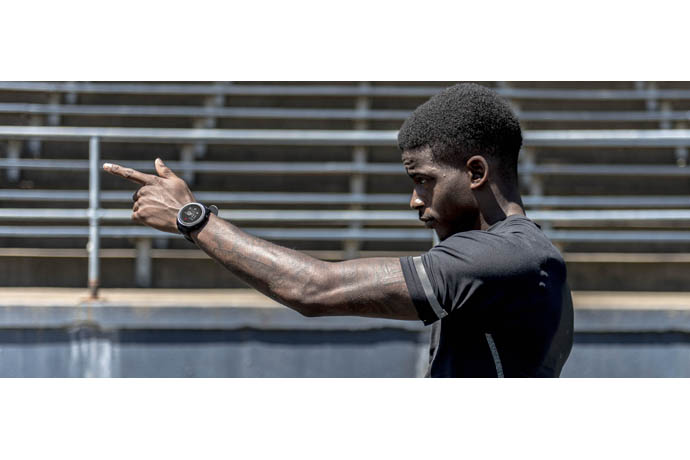 Team New Balance Athlete Trayvon Bromell with RunIQ