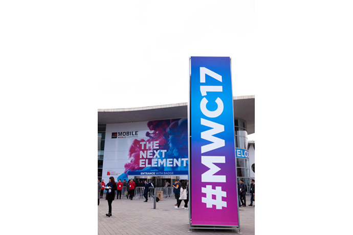 2017-mwc-day-1-2
