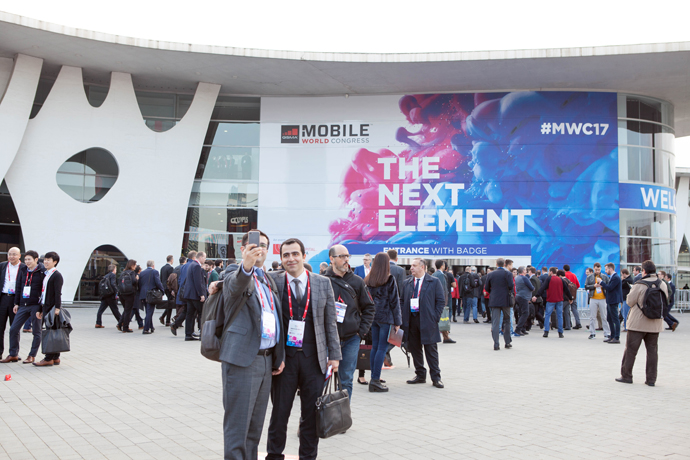 2017-mwc-day-1-7