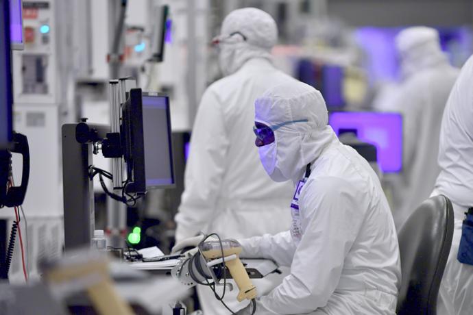 Intel-Manufacturing-13