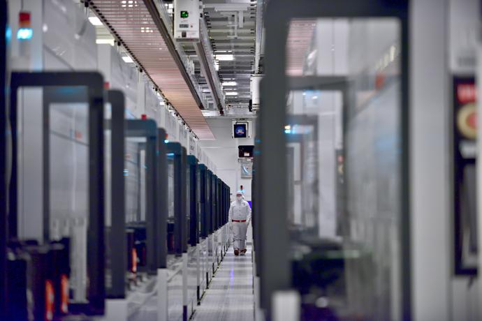 Intel-Manufacturing-18