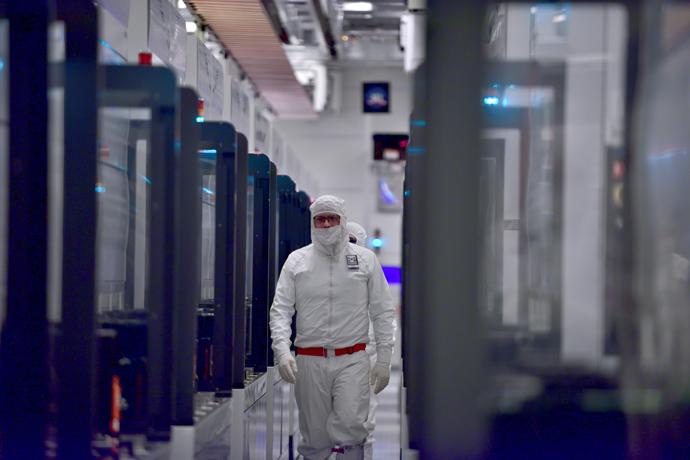 Intel-Manufacturing-19