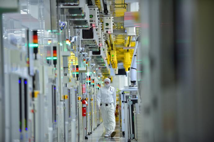 Intel-Manufacturing-33