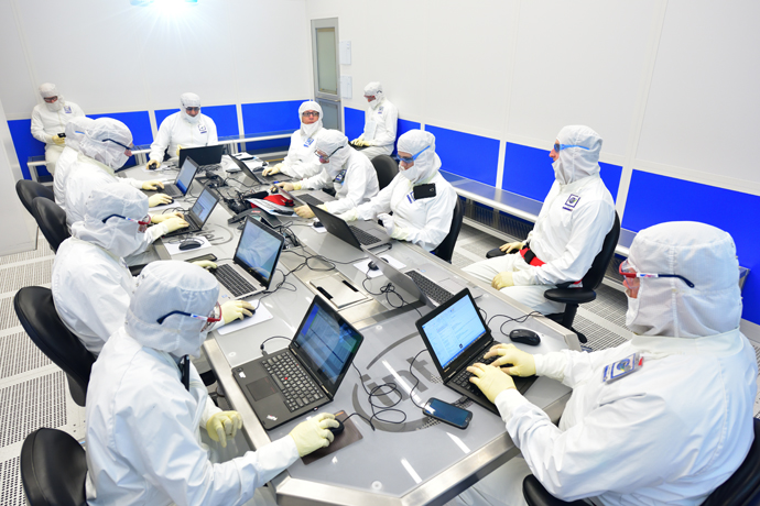 Intel-Manufacturing-8