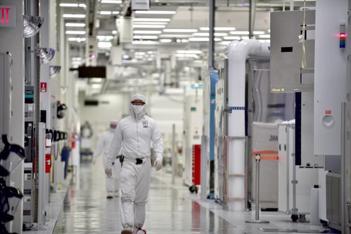 Intel-Manufacturing-9