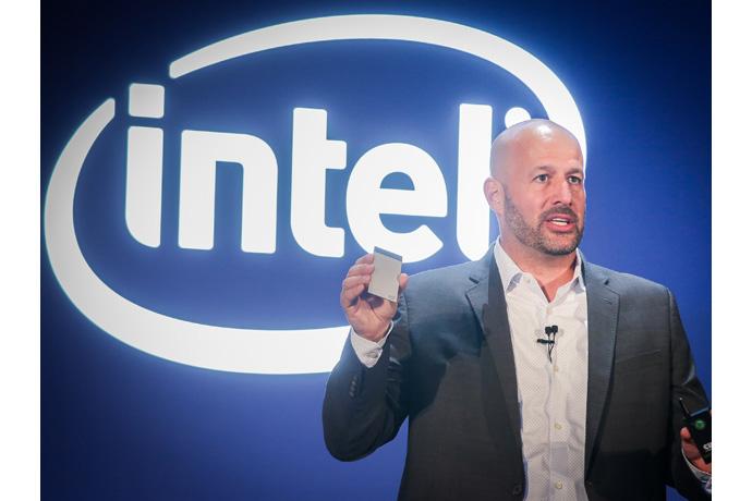 2_Intel Compute Card-1
