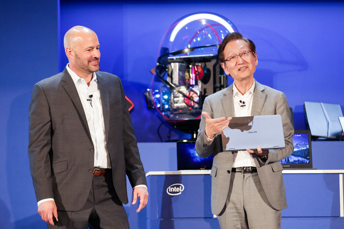Intel's Gregory Bryant and ASUS Chairman Jonney Shih together
