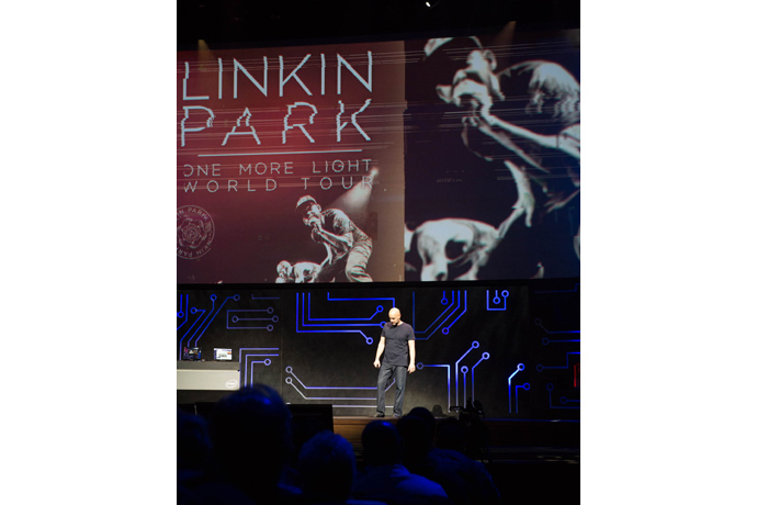 Linkin Park virtually joins Intel's Gregory Bryant during Inte