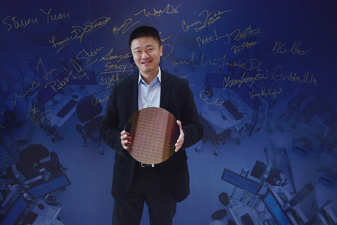 ARM-Intel-manufcturing