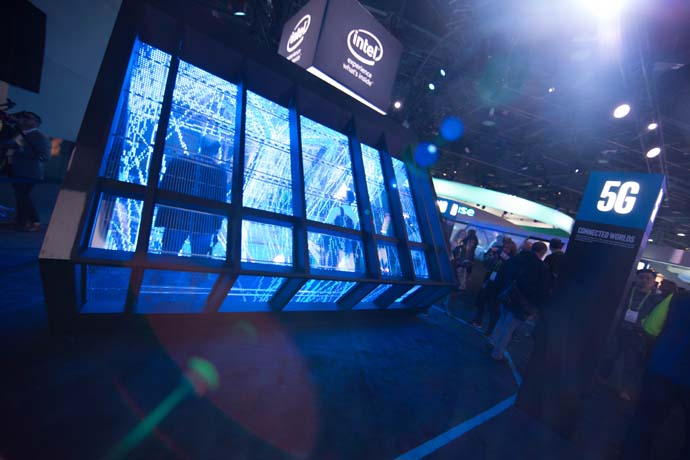 Intel-2018-CES-booth-13