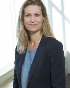 Claire Dixon 03 lrg web