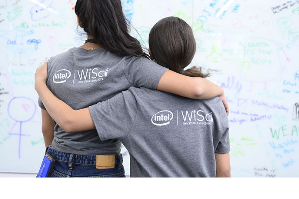 Equality Day: Intel Helps Young Women Experience Tech
