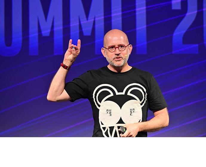 Intel AI Summit Ballon 1