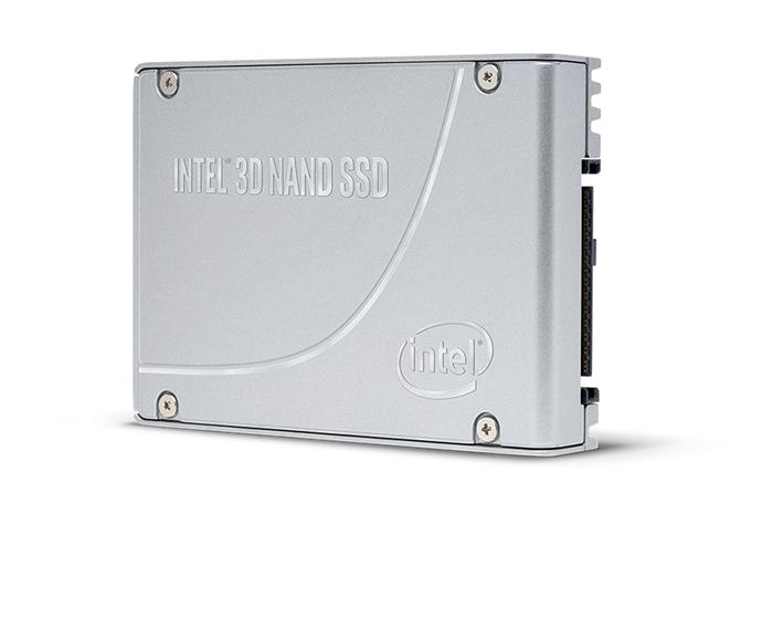 Intel 3D NAND SSD D7 P5500 angle