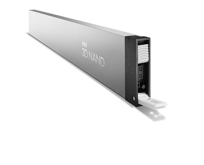 Intel SSD D5 P5316 1 47143275