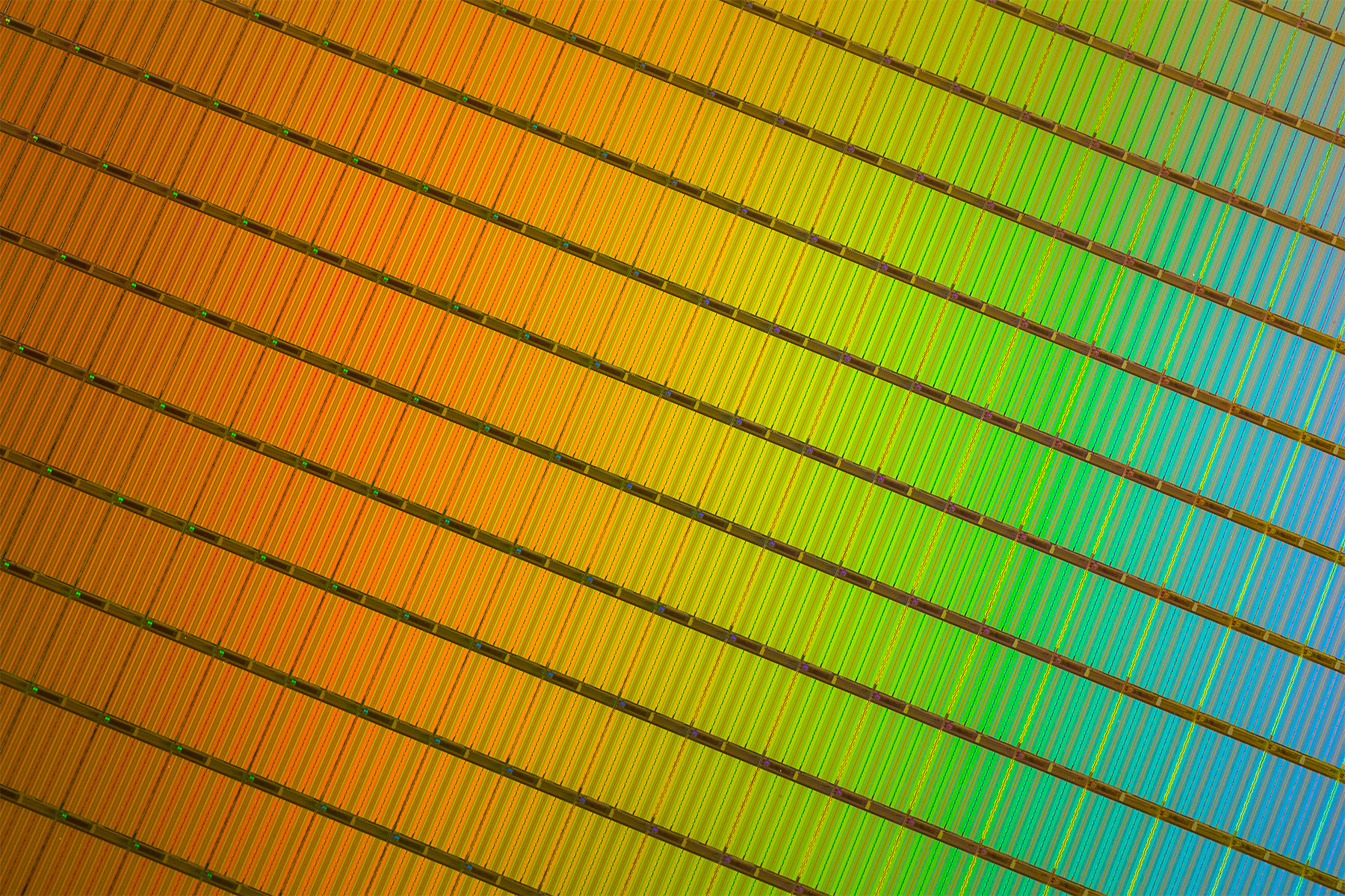 3D_NAND_Wafer_Close-Up.jpg