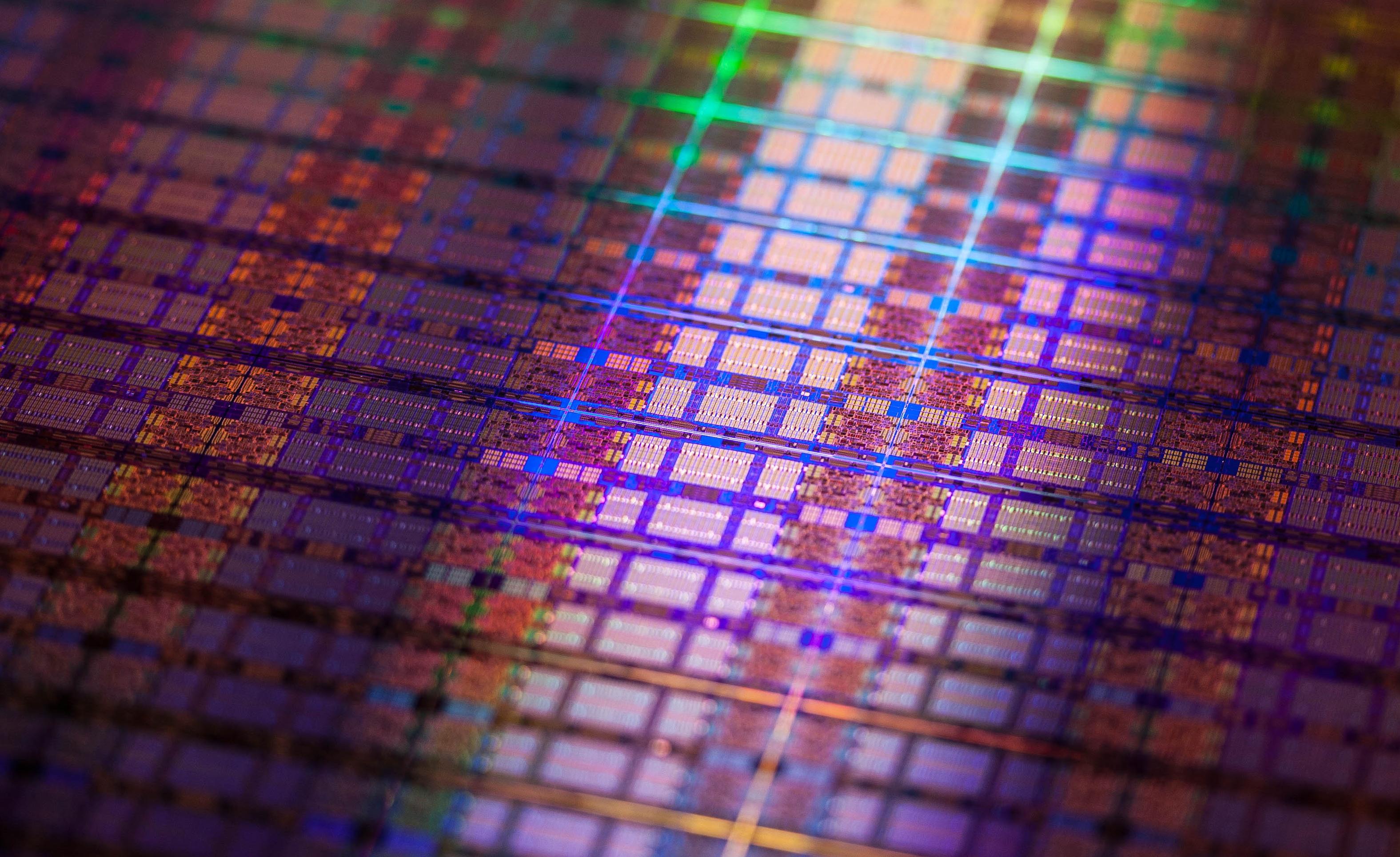 Intel-Itanium-Processor-9500_10.jpg