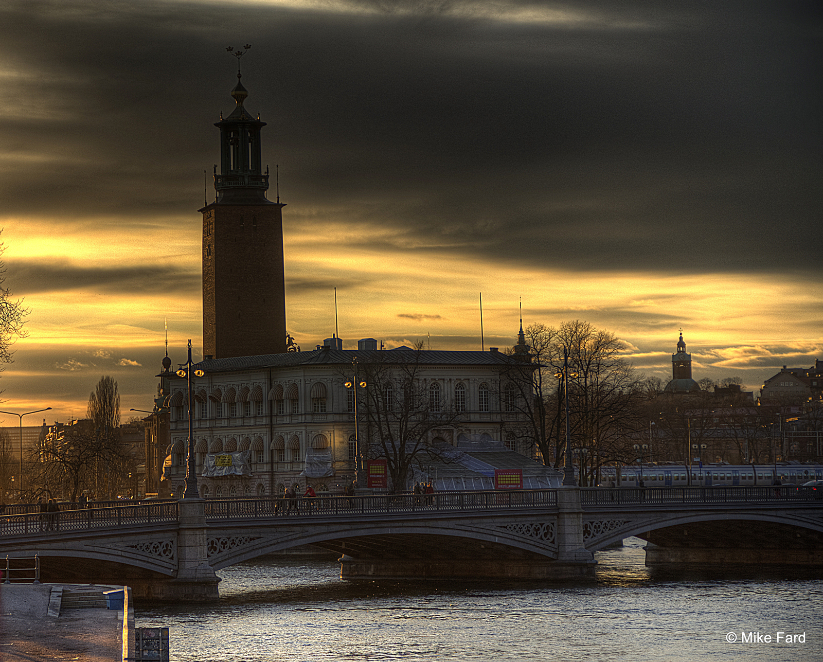 mike-fard_city-hall-stockholm.jpg